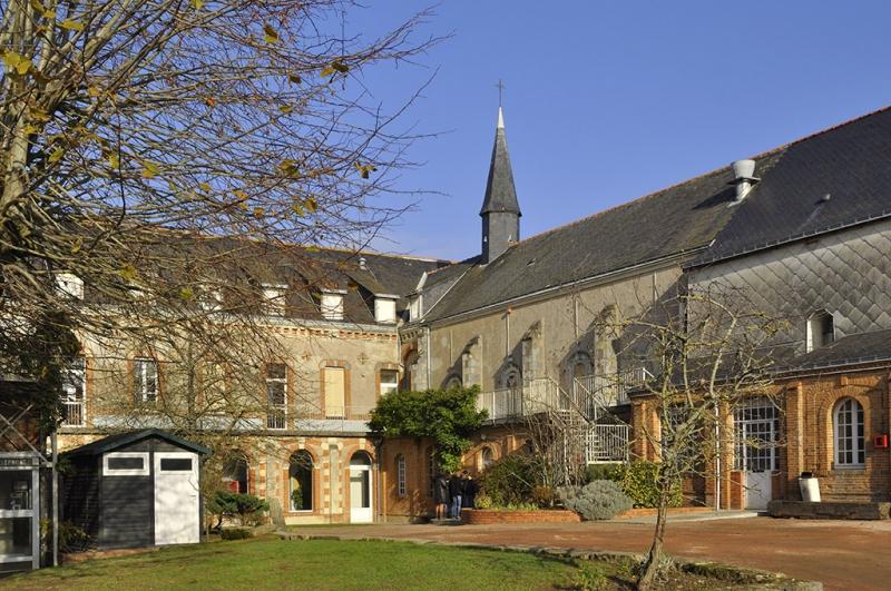 CHEMILLE – Lycée Robert d'Arbrissel