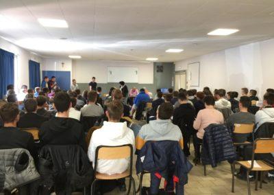 Les élèves et étudiants lors de la conférence